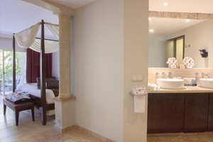 Elegance Club One Bedroom Suite with Jetted Tub - Hotel Majestic Elegance Punta Cana